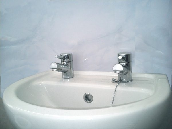 Vicenza blue 2 600x450 - Vicenza - Blue Marble Bathroom Cladding 2.6m