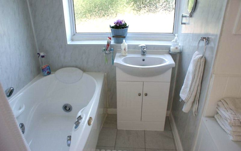 bathroom wall after - Bathroom Walls - Selecting The Best Product