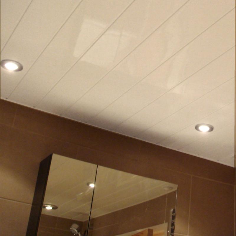 small bathroom lighting - 5 Design Tips For Small Bathrooms